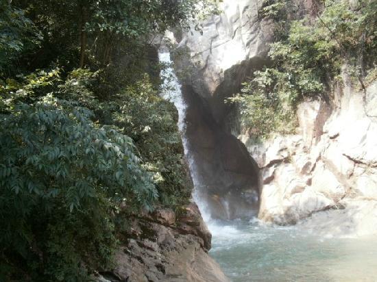 Taizhou Qiongtai Xiangu Scenic Resort: 天台风景