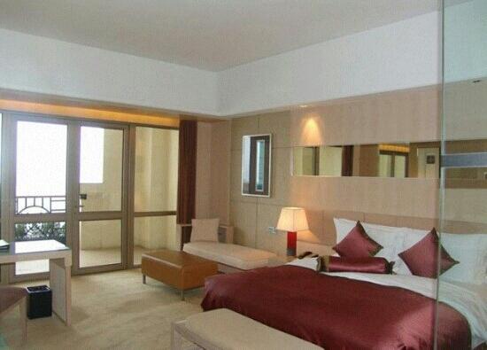 Sofitel Nanjing Zhongshan Golf Resort: 酒店大床房