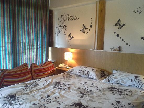 Xiangzuo Times Hostel Lijiang Biyuntian: 温馨小屋