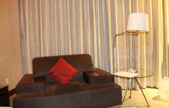 Heyuan Royal Garden Hotel: 宽大的沙发