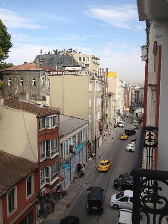 Sirkeci Park Hotel: 阳台街景