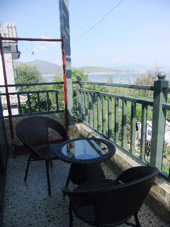 Haitian Yi Hostel: 310的阳台