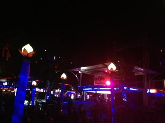 Ark Bar Beach Club: 音樂超讚