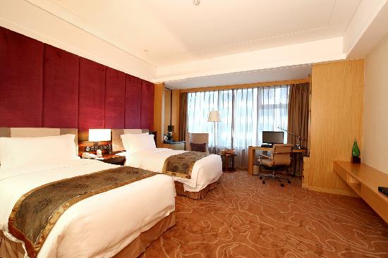 Mingfa International Hotel: 豪华双床房