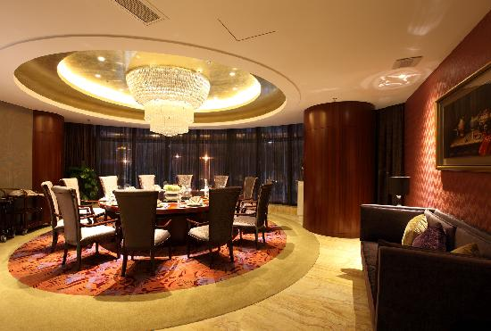 Days Hotel and Suites Mingfa Xiamen: 粤庭中餐厅