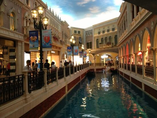 Macau dating website