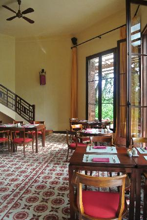 Ana Mandara Villas Dalat Resort & Spa: 酒店的餐厅,有露天位