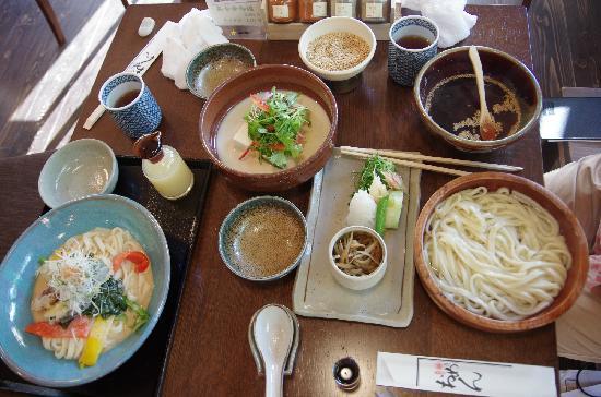 Myoudai Omen Ginkakuji Honten: 大餐