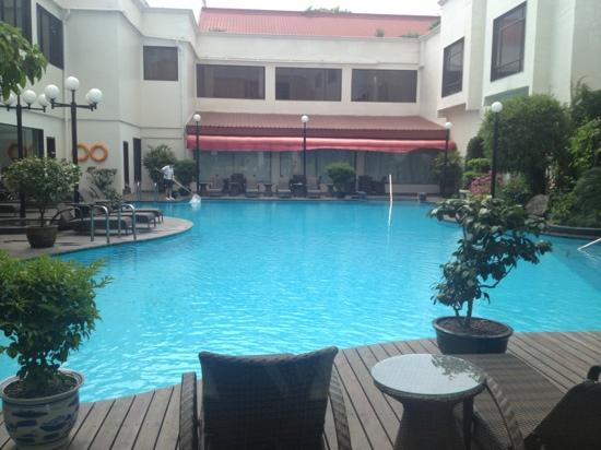Guilin Bravo Hotel: 游泳池