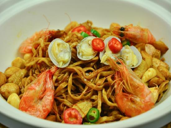 Gongman Xiting Restaurant : 砂锅焗伊面