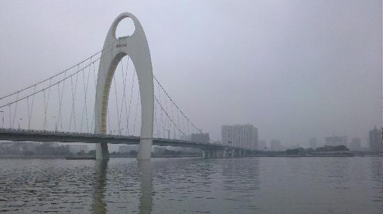 Pearl River (Zhujiang): 珠江
