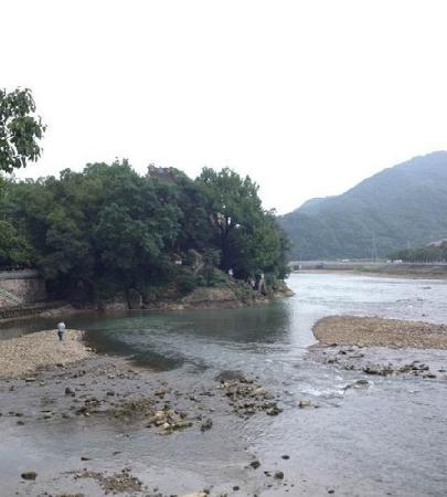 Jiezi Ancient Town: 凉爽