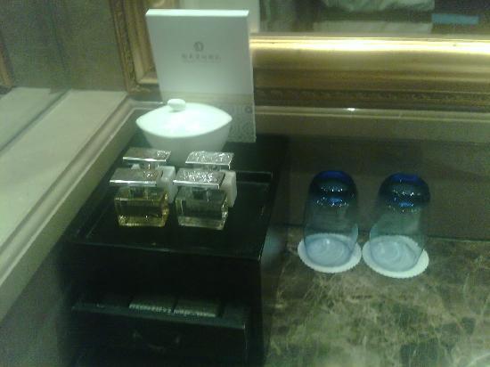 Hengda Hotel: water