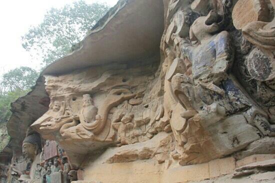 Fumuen Chongjingbianxiang Statue