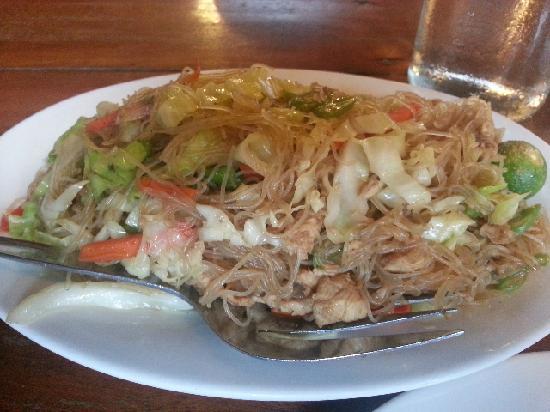 Balinsasayaw Chicken Grill & Restaurant: 料足味美