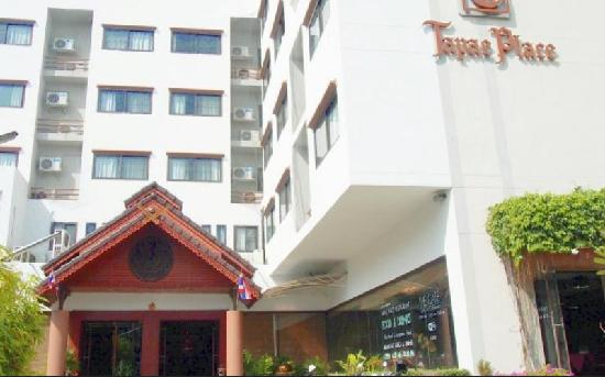 Tapae Place Hotel: Tapae Place