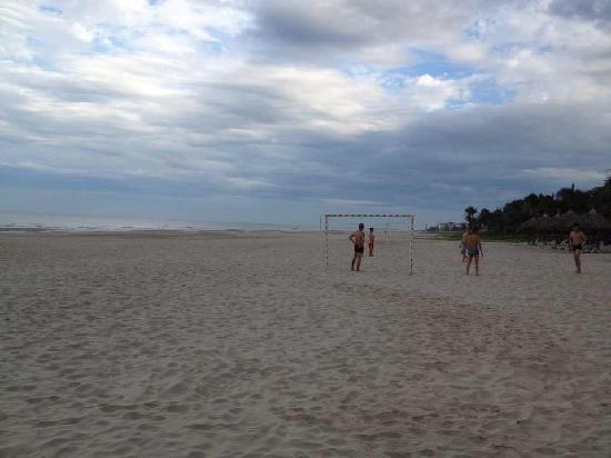 Cua Dai Beach: 沙滩上娱乐