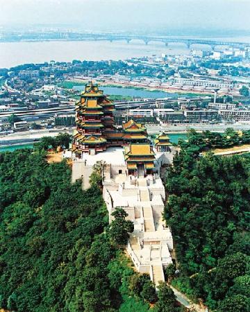 Yuejiang Tower: 美