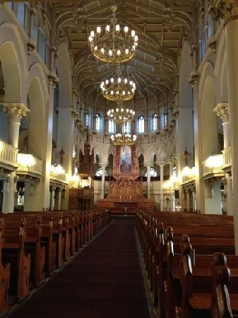 Johannes Church: In the church