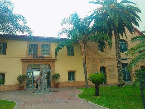 Checkin Valencia: 酒店外观