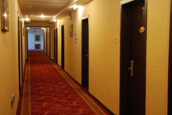 Chengming Hotel : zoulang