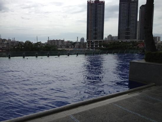 Hongzhou Eadry Resort Hotel: 泳池