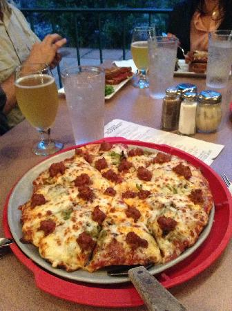 Poppy's Pizza & Grill: Poppy's special medium size