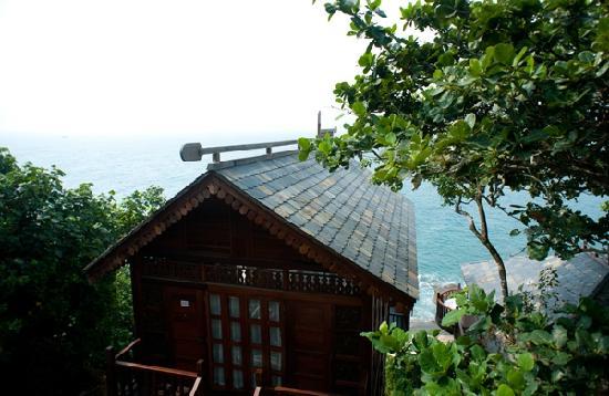 Fenjiezhou Island : 特色木屋