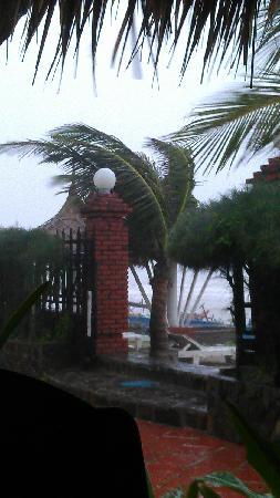 Hai Gia Resort: 暴雨
