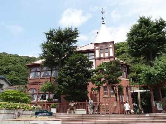 Kazamidori no Yakata: 北野町的地标