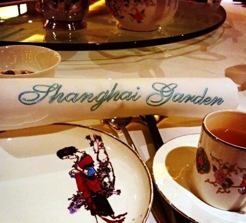 Shanghai Garden Restaurant: v