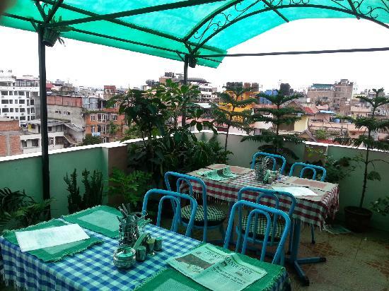 OYO 11477 Backyard Hotel: breakfast  in  building  top