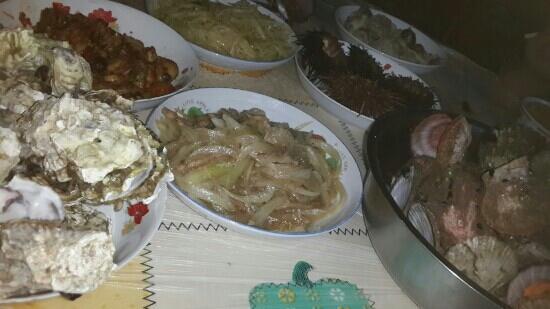 Guapi Island: 这是晚饭 不够吃可以再加 好饱