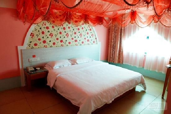 Yasi Yunqi Hotel: 主题房