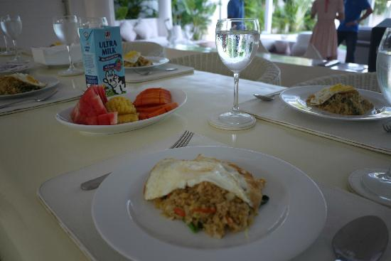 Eden - The Residence at the Sea : breakfast