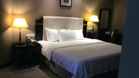 World Traders Hotel: 卧室