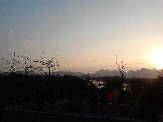 Maozhou Island Villa Hotel: 朦胧