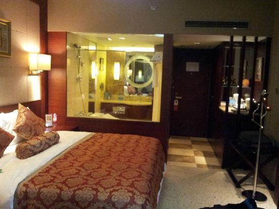 Infine Hotel: 房间1
