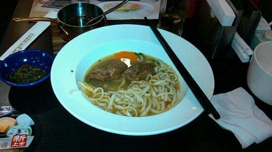 康师傅私房牛肉面(北京路店)