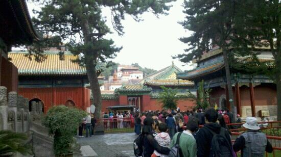 Temple of Universal Peace (Puning si) : 人潮涌动的普宁寺