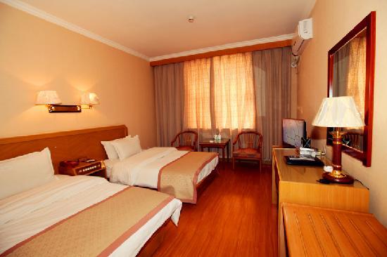 Qufu Ying Hotel: 标准间
