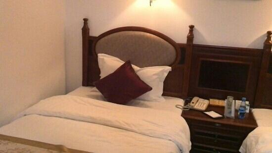 Sanli Hotel: 单人床照片