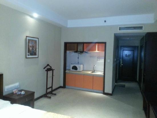 Mingshi Xuefu Hotel: 微波炉 房间宽敞