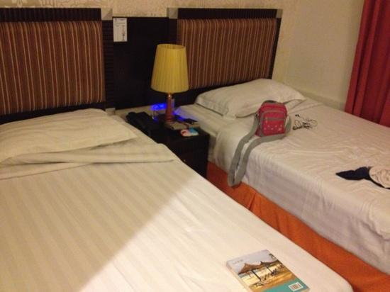 Hotel 34: small room but ok for short stay