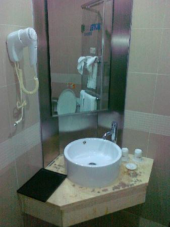 Motel 168 (Hefei Shengli Road) : 洗手池