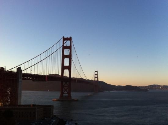 สะพานโกลเดนเกท: 金门大桥