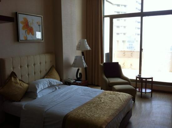 Eagle Celebity Hotel: loft房