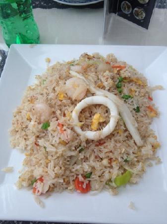 Nepalese Kitchen: 炒饭