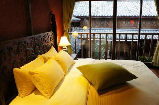 Huifeng Inn Shuhe : 床很大也很软