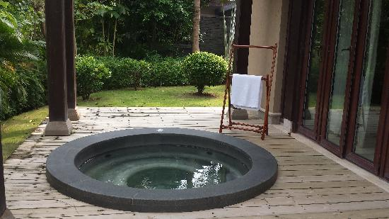 Narada Resort & Spa  Perfume Bay: 泡池